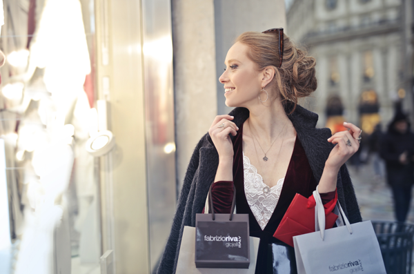 SHOPPING TOURS AND PERSONAL ASSISTANTS